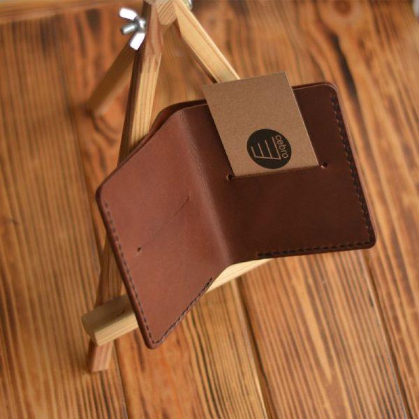 Cienki portfel męski skórzany brązowy ręcznie robiony od Luniko Compact brown leather wallet
