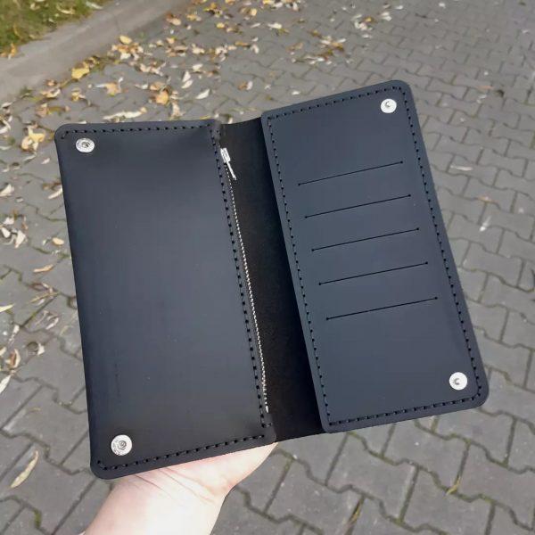 Czarny skórzany męski portfel ręcznie robiony Portmonetka męska od Luniko. Duży pojemny stylowy portfel z miejscem na telefon