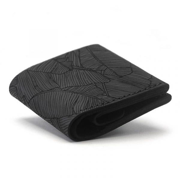 Black men's handmade leather wallet by Luniko. Maritime Series