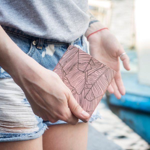Handmade różowy damski portfel skórzany uszyty ręcznie z naturalnej włoskiej skóry