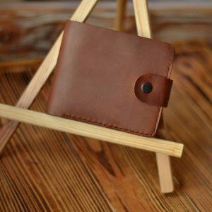 Skórzany brązowy męski portfel z zapięciem Bilonówka skórzana Handmade Rękodzieło od Luniko