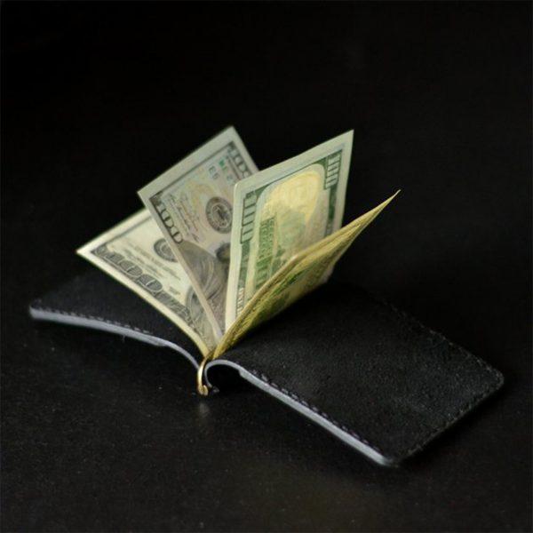 Skórzany męski portfel z klipsem na banknoty, grawerowany. Czarna ręcznie robiona banknotówka
