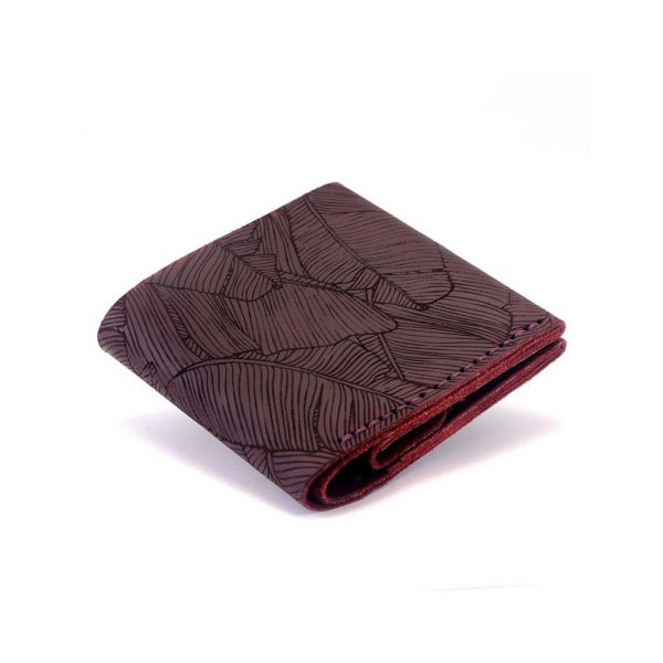 Wallet with a designer-engraved Square wine