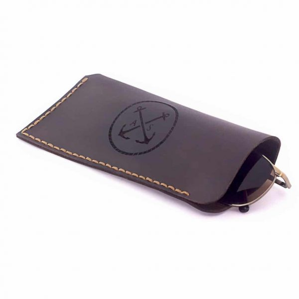 Leather case for glasses brown