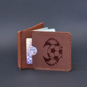 Brązowy skórzany portfel męski z klipsem na pieniądze z grawerem Piłka