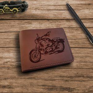 """Portfel z rysunkiem motocykla Brązowy skórzany męski portfel ręcznie robiony z grawerem """"Motorcycle Motorbike"""" Portfel na prezent dla motocyklisty"""