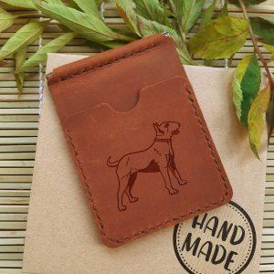 Brązowy skórzany etui portfel na karty z klipsem na banknoty ręcznie robiony z grawerem Pies Bulterier
